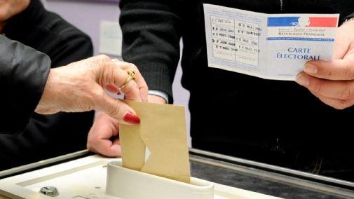 Les élections départementales auront lieu en mars, les élections régionales en décembre