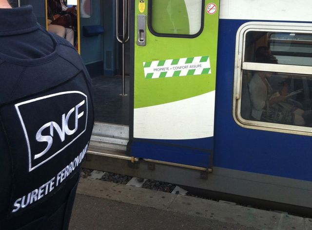 Tolérance zéro contre les fumeurs dans les trains.