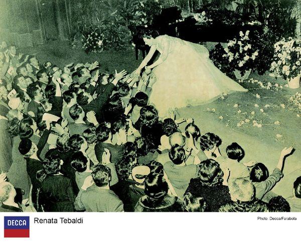 La Tebaldi sur scène