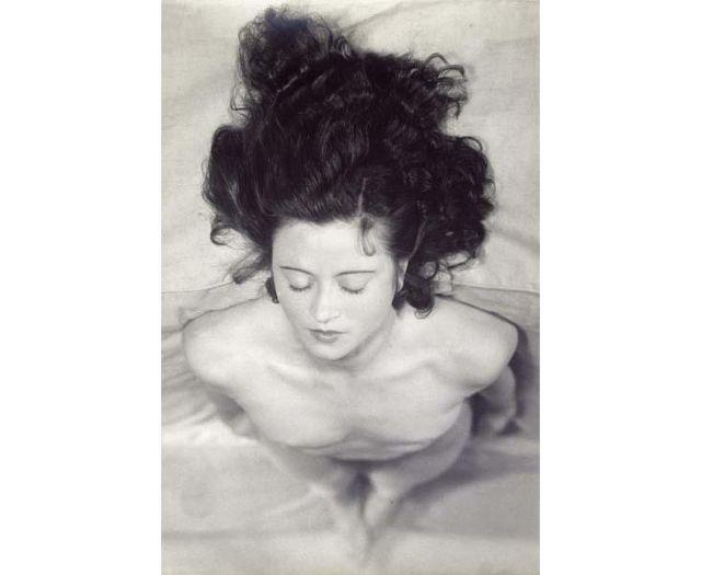 Renée Jacobi, vers 1930, Épreuve gélatino-argentique - Musée national d'art moderne, Paris