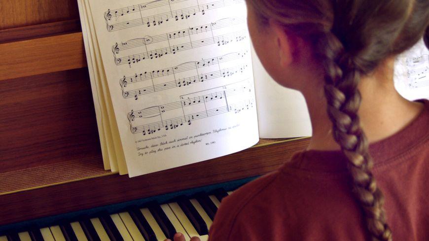 Un enfant sur quatre joue d'un instrument de musique en France