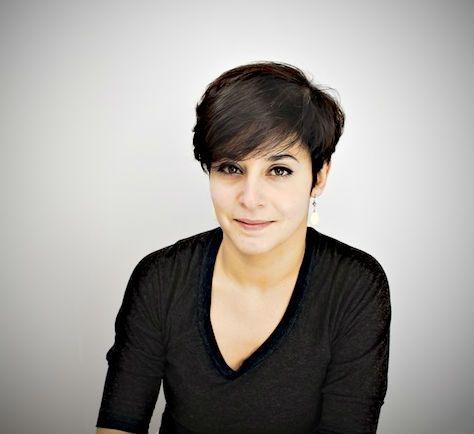 Hélène Bekmézian, journaliste au Monde