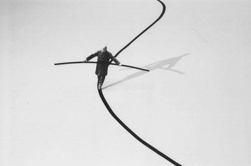 Gilbert Garcin le funambule 2002
