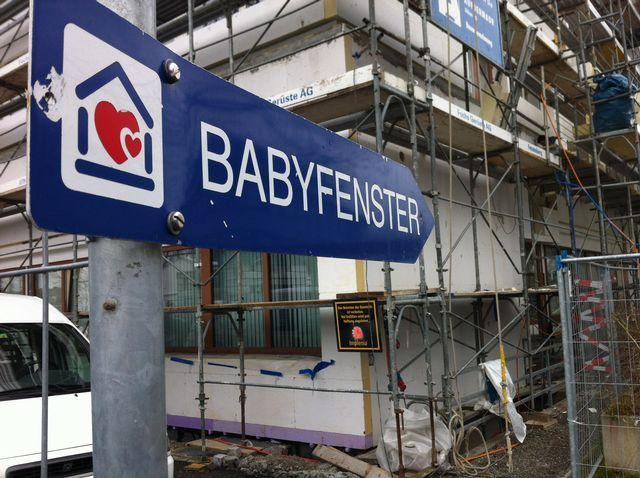 On reparle des boîtes à bébés en Suisse