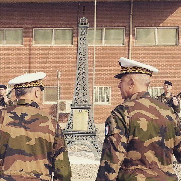 Inauguration d'un memorial francais sur l aeroport de Kaboul en memoire des 89 soldats tués en Afghanistan