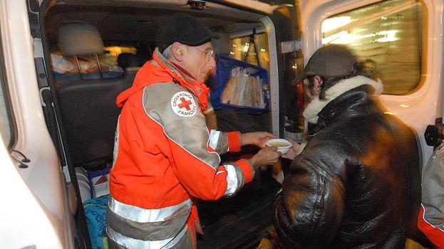 La croix rouge de reims s 39 installe dans de nouveaux locaux for Croix rouge salon de provence