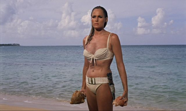 Ursula Andress dans 'James Bond contre Docteur No'