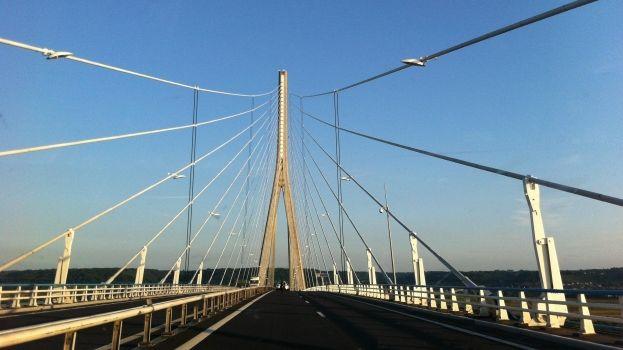 photos vingt ans apr s le pont de normandie les plus longs ponts haubans du monde. Black Bedroom Furniture Sets. Home Design Ideas