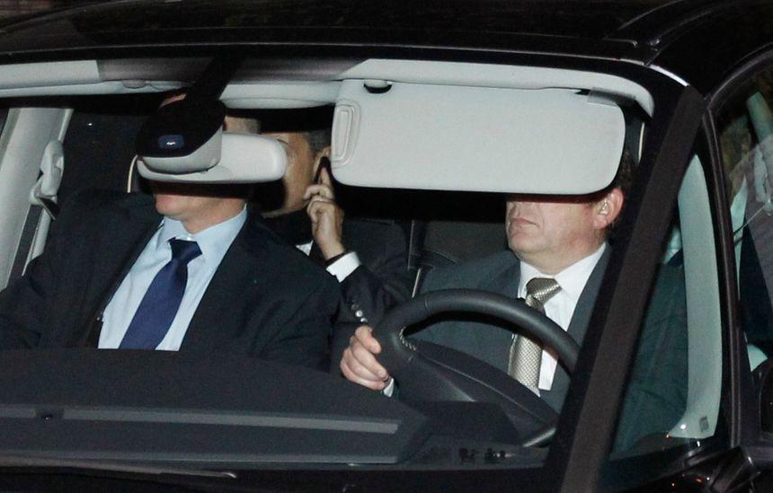 Nicolas Sarkozy à sa sortie du palais de justice de Bordeaux en novembre 2012