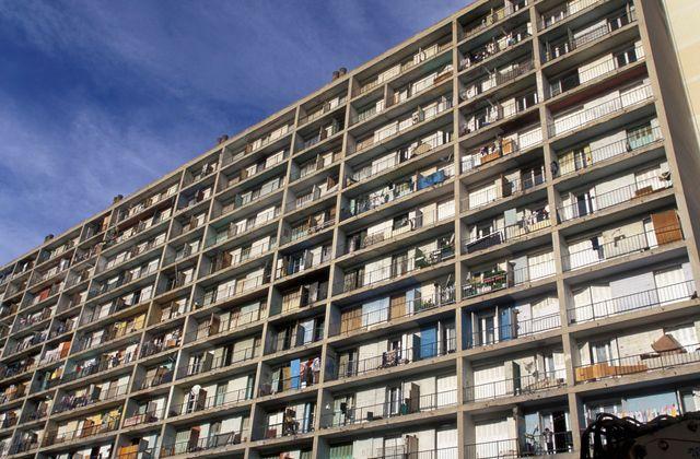 HLM à Marseille, janvier 2004.