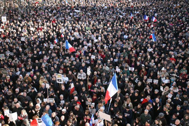 Manifestation à Paris pour la défense de la liberté de la presse