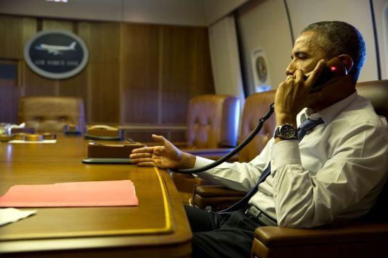 Barack Obama au téléphone avec François Hollande le 7 janvier 2015
