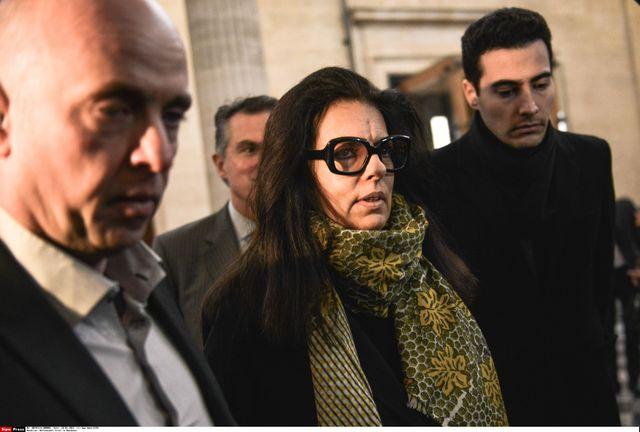 Françoise Bettencourt avec son fils et son avocat, au 3ème jour du procès Bettencourt, le 28 janvier 2015.