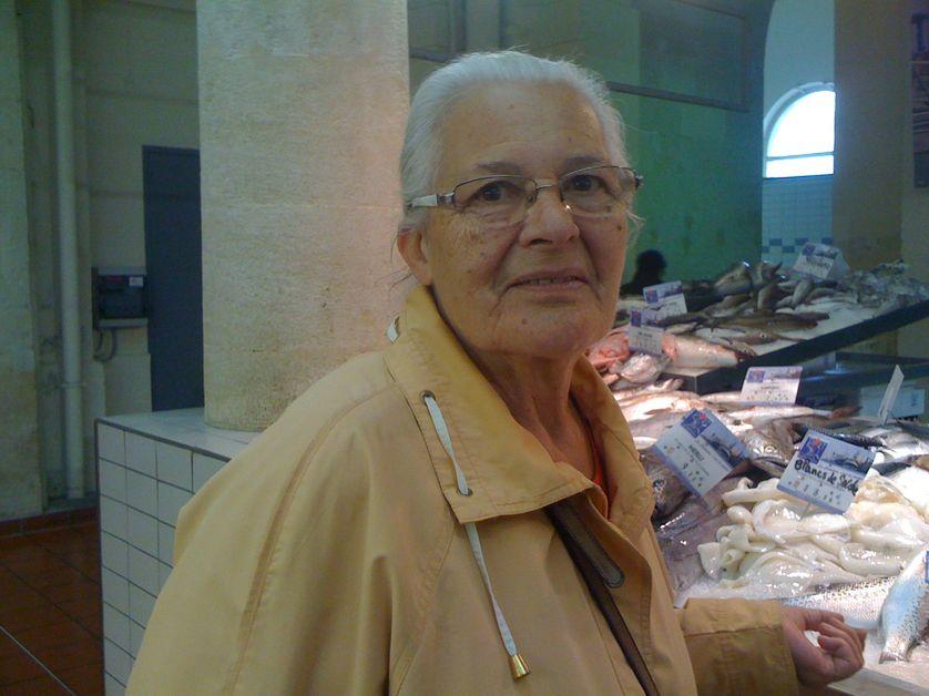 Paulette au marché de Rochefort