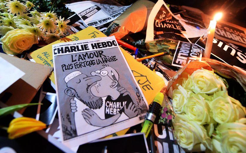 Hommage aux victimes de la tuerie de Charlie Hebdo, à Trafalgar Square, à Londres, le 7 janvier 2015