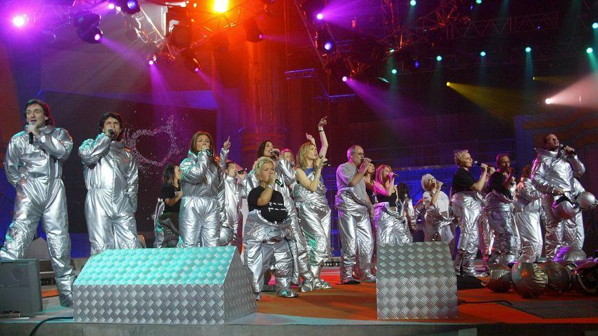 En 2003 à Toulouse, les Enfoirés chantaient en costume d'astronautes