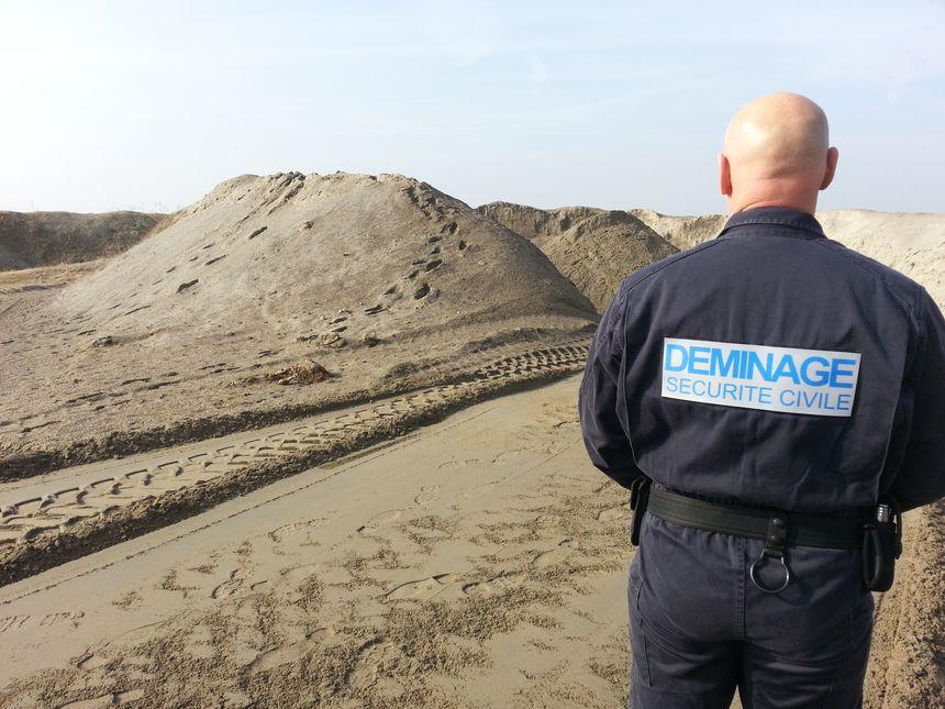 Démineurs tas de sable