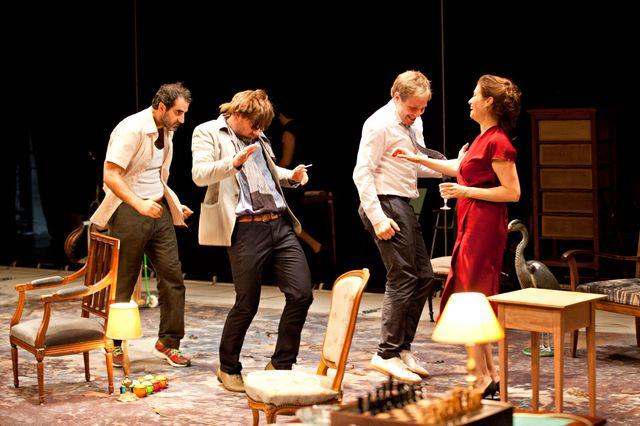 Platonov d'Anton Tchekhov, une création collective dirigée par Rodolphe Dana, au Théâtre du Nord à Lille