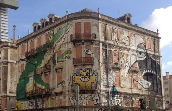 Un des quatre mille immeubles abandonnés à Lisbonne