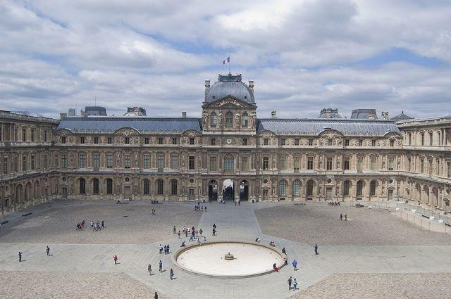La cour carrée du Louvre