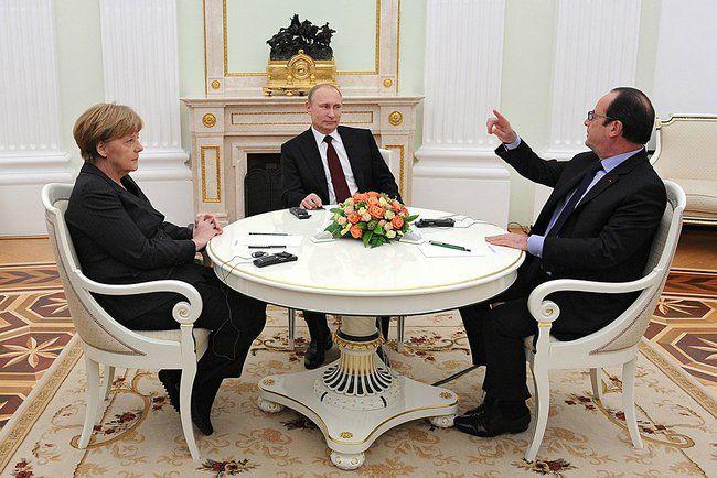 A. Merkel, V. Poutine et F. Hollande, au Kremlin, 6 fev. 2015