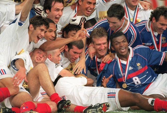 L'équipe de France victorieuse de la Coupe du Monde en 1998