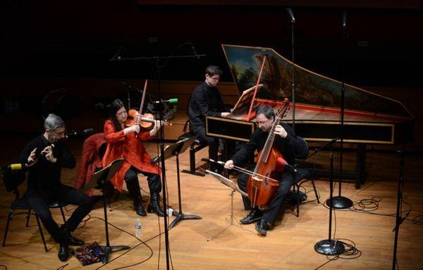 De gauche à droite : Serge Saitta, Florence Malgoire, Paolo Zanzu, Emmanuel Balssa © Flora Sternadel