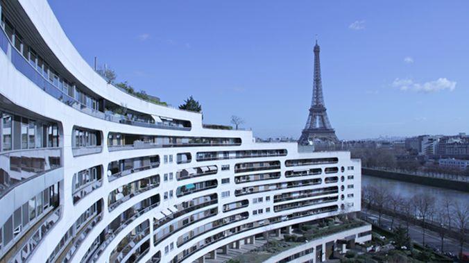 paris Tour Eiffel logement  OKF