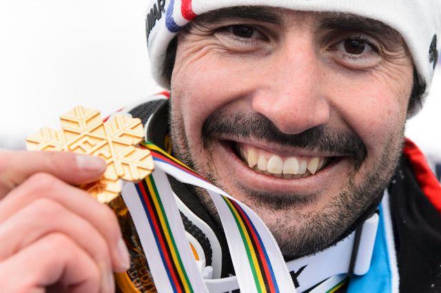 Grange, champion du monde surprise de slalom