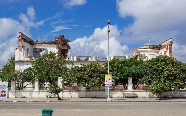 Pondichéry - Hôtel de ville en ruines