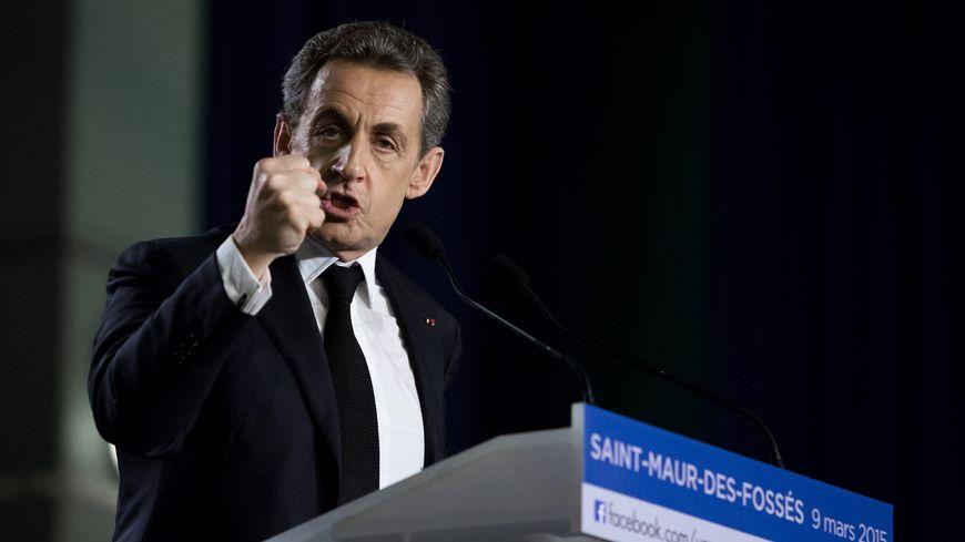 Nicolas Sarkozy en meeting, en mars 2015.