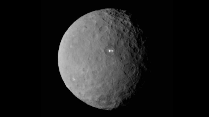 Que sont ces deux petits points blancs à la surface de Cérès ?