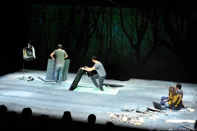 Germinal par Antoine Defoort et Halory Goerger au Théâtre du Rond Point
