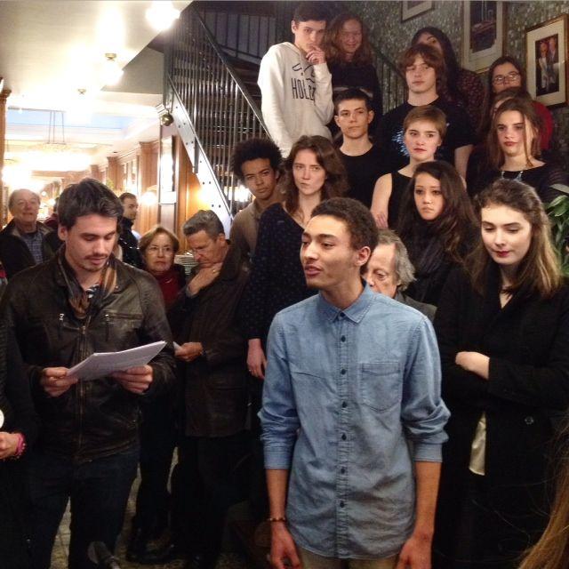 Les élèves de Sonia Branglidor au bistrot La Mascotte (Paris 18)