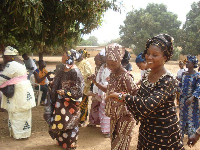 Danse de femmes au Mali