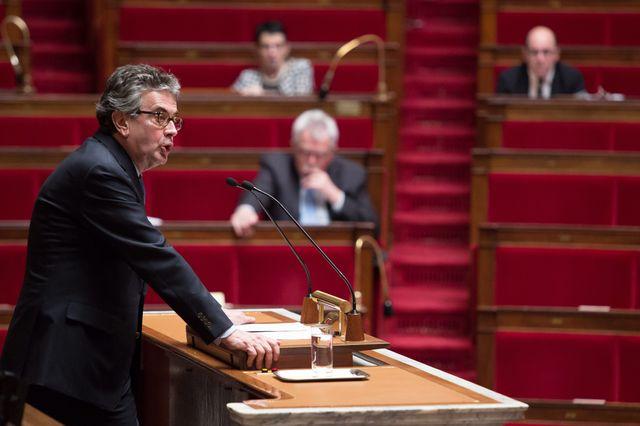 Paris 10/03/2015. Le député PS Alain CLAEYS, rapporteur à l'Ass. Nat. lors du débat de la proposition de loi Claeys-Leonetti