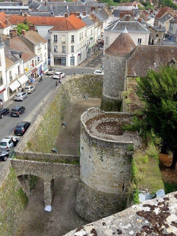 Chateau de Dourdan