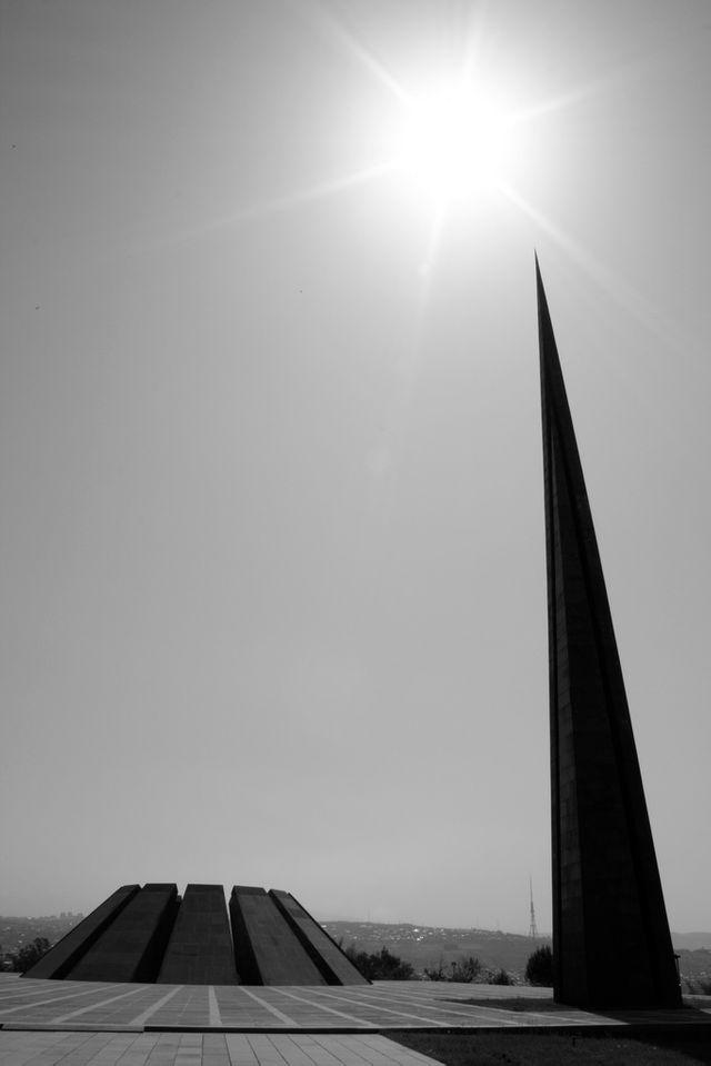 Tsitsernakaberd, monument à la mémoire du génocide arménien à Erevan