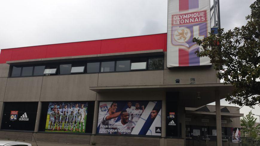 La billeterie de l'Olympique Lyonnais à quelques mètres du Stade de Gerland