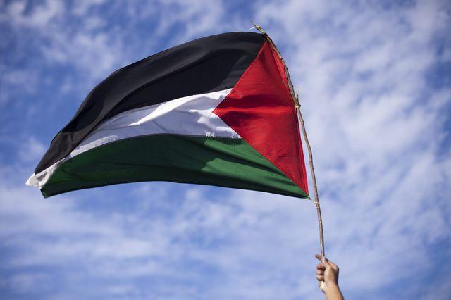 Drapeau palestinien, 16 juillet 2014 - Banda Aceh, Aceh, Indonésie, lors d'une manifestation de soutien pour la Palestine.