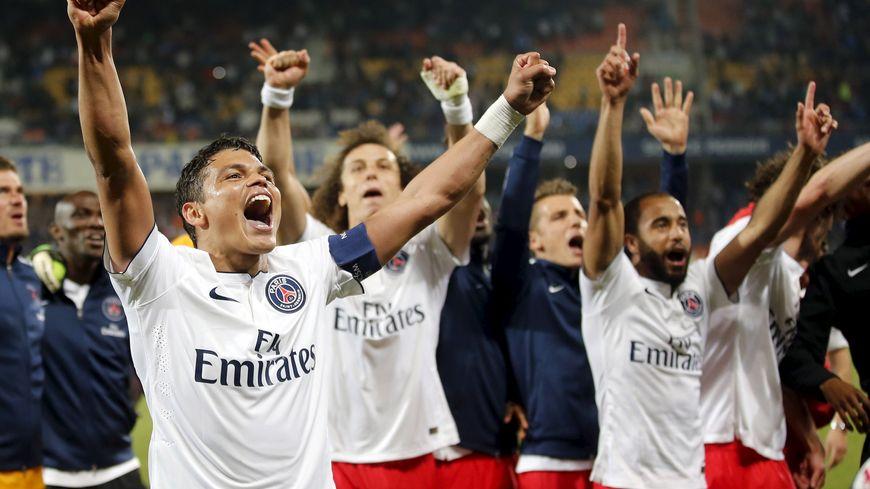 Le PSG a décroché un troisième titre consécutif de champion de France de Ligue 1 samedi lors de la 37e journée