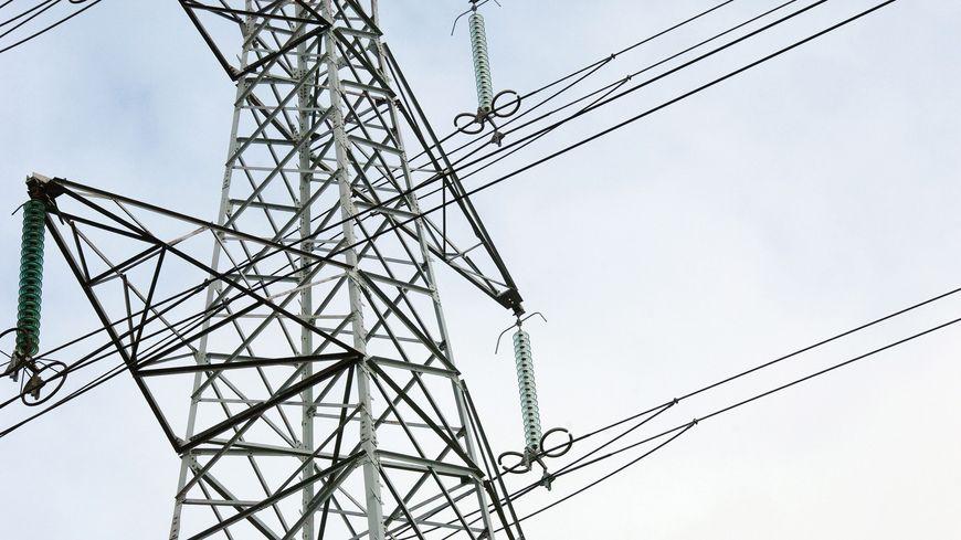 Un enfant est mort électrocuté en jouant au cerf-volant - illustration