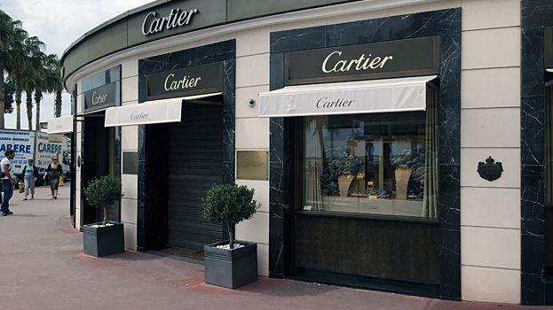 f4fc4c9f939b Braquage de la bijouterie Cartier sur la Croisette   17