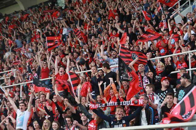 Les supporters du RCT ont laissé exploser leur joie avant même la fin du match.