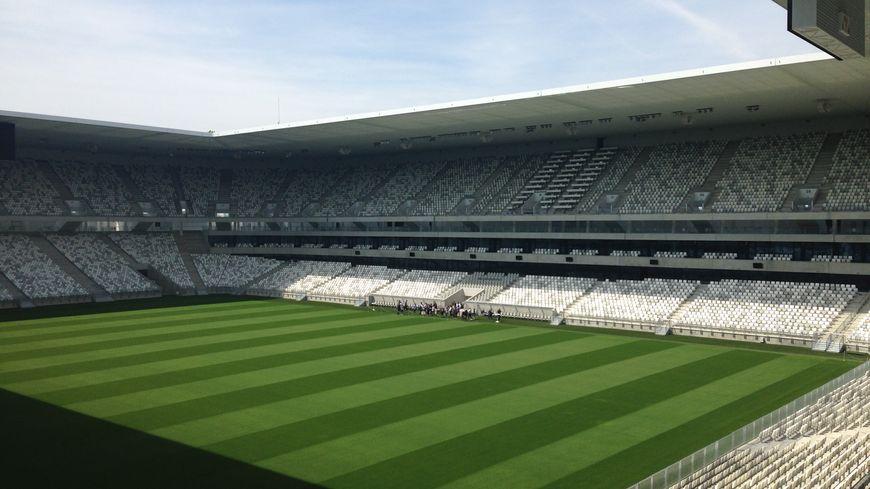 La pelouse du Nouveau stade de Bordeaux comme si vous y étiez