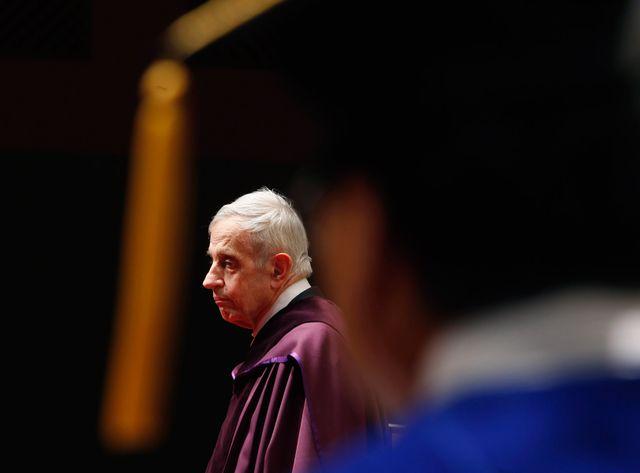 Le mathématicien John Nash avait reçu le prix Abel cette année.
