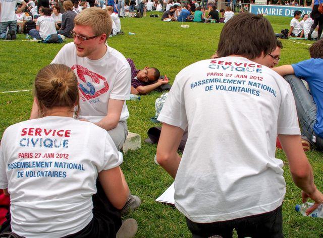 Lors d'un rassemblement de jeunes en service civique à Paris.