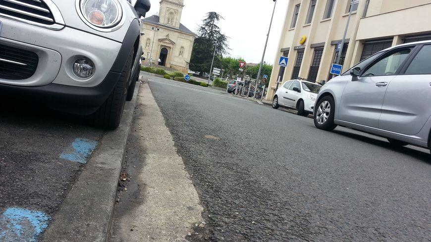 Jusqu'à juin prochain, le stationnement à Talence est en zone bleue soit en stationnement gratuit à durée limitée.