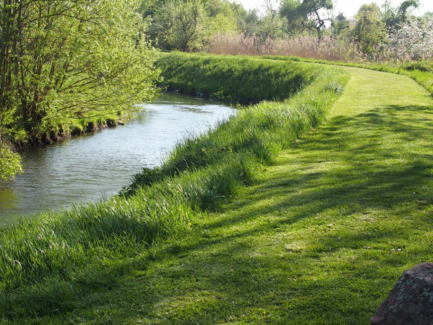 Ebersmunster, promenade sur la digue