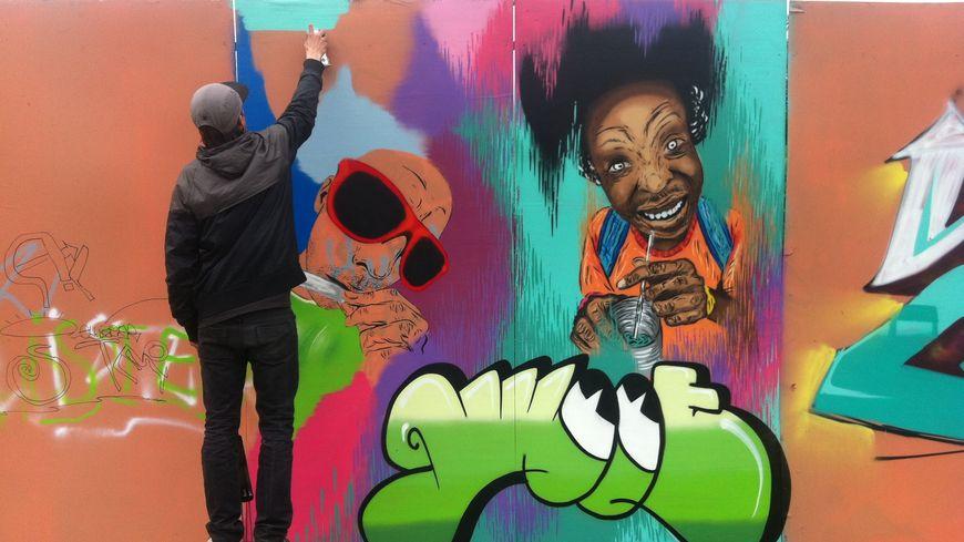 Diaporama  Bombes De Peinture Et Fresques En Couleur Au Belfort